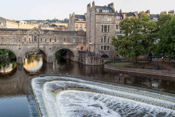 The Pulteney Bridge over the River Avon, Bath England.